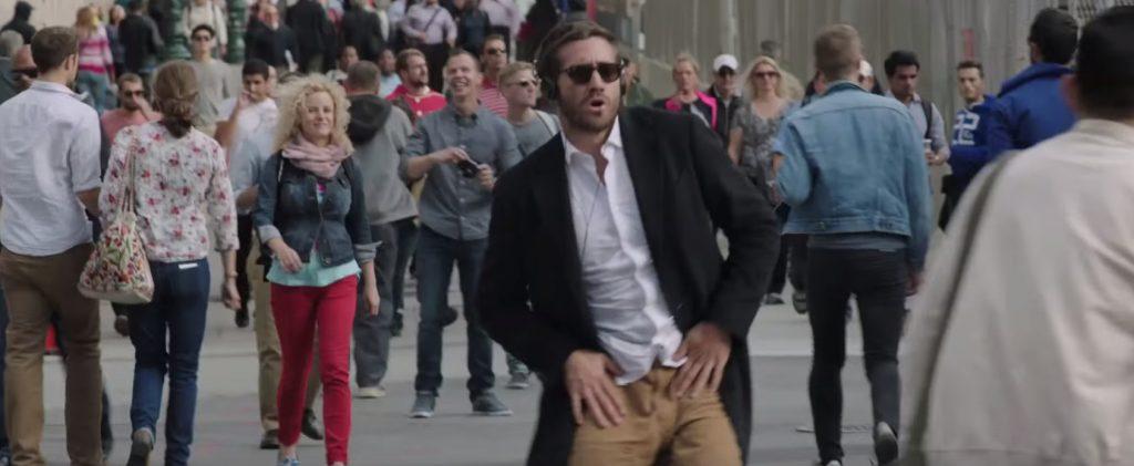 picture-of-jake-gyllenhaal-dancing-in-demolition-movie-photo